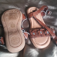 NEW BABY KIDS SANDALS - SIZE 6/23 - IDEAL GIFT