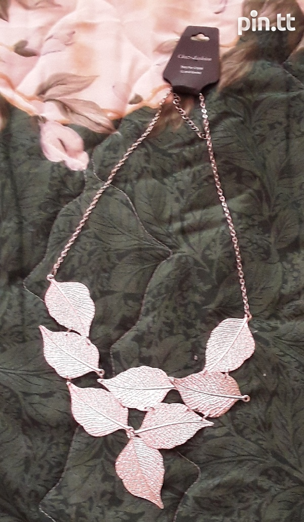 Silver Necklaces Costume Jewellery-1