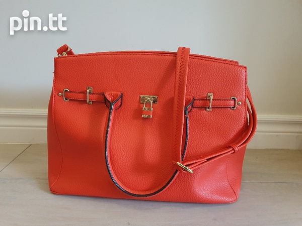 Womens Bags.-1