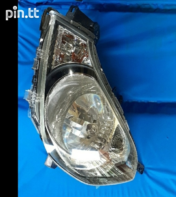 Pair of Nissan AD y12 headlights in excellent condition-1