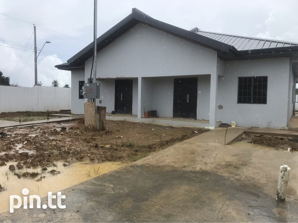 Palmiste Chaguanas Duplex with 3 Bedrooms Affordable-1