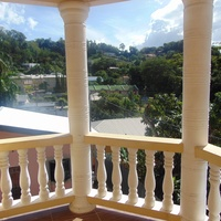 CASCADE UNFURNISHED 2 BEDROOM APARTMENT