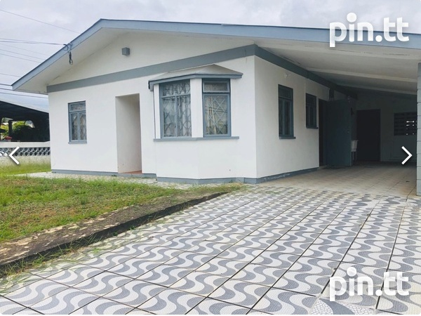 St. Clair, Trincity house with 3 bedrooms-9
