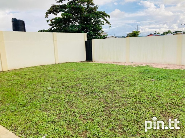 Charlieville 3 Bedroom House-5