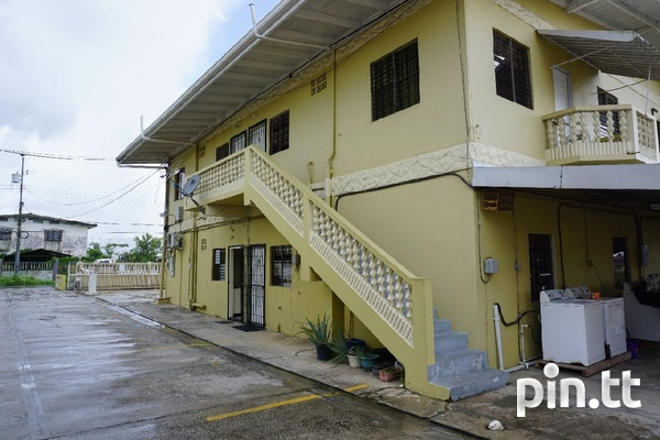 Cunupia apartment with 2 bedrooms close to highway-1
