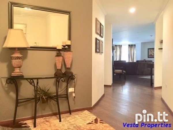 Lovely 3 Bedroom Bayside Towers-2