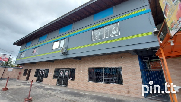 Upstairs Commercial Space, Yard Street Chaguanas-5