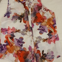 Floral Top Size Medium