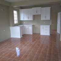 ROYSTONIA 2 BEDROOM DOWNSTAIRS APARTMENT