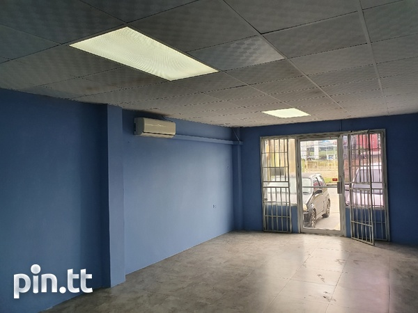 COUVA - RENTAL - COMMERCIAL SPACE-4