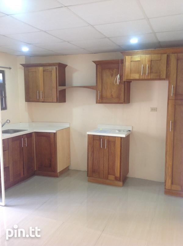 Unfurnished 1 Bedroom Apartment - 39 St. Ann's Road,-3