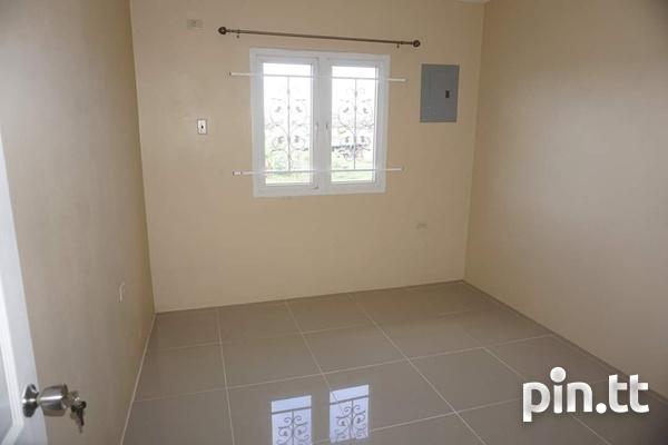 CHAGUANAS 3 BEDROOM TOWNHOUSE-16