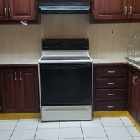 FULLY FURNISHED Three Bedroom, Two and Half bathroom