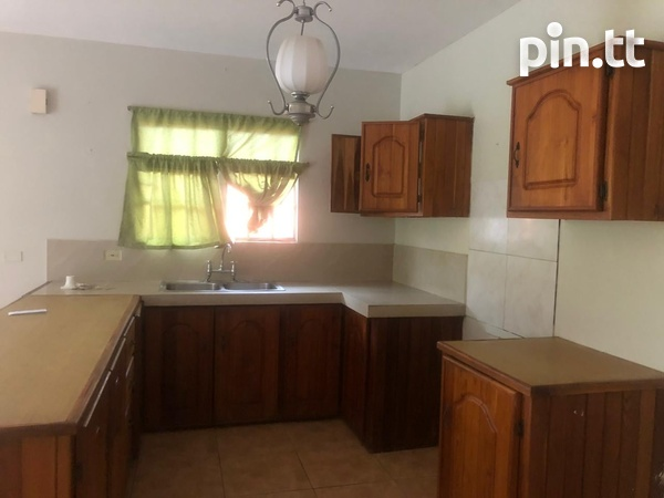 2 Bedroom Apartment Temple Street, off Duncan Village-3