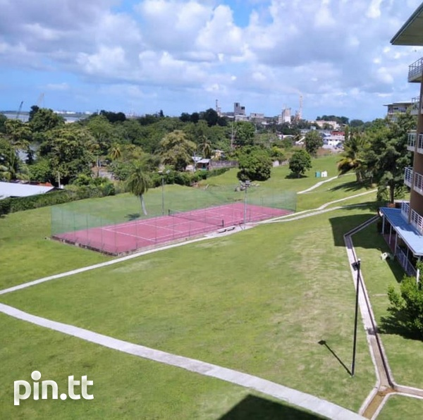 Cara Courts Seaview Apartment with 3 Bedrooms-2