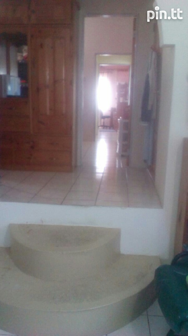 Arima house with 4 bedrooms-6