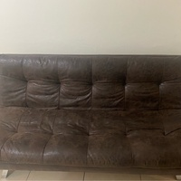 Couch / foldable Bed