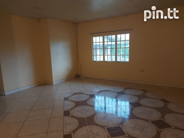 3 Bedroom Apt Next to Cheif Brand, Charliville-4