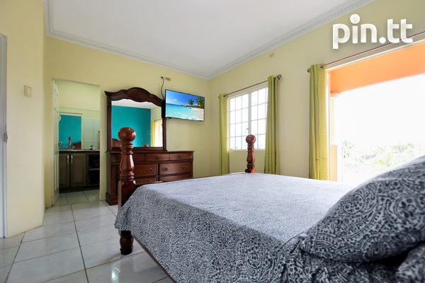 Arima Townhouse with 3 Bedrooms in Gated Community-8