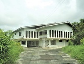 4 BEDROOM HOUSE POINT FORTIN ON 2 AND A HALF ACRES LAND ALL APPROVALS