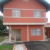 HOME WITH 3 BEDROOMS IN GATED COMMUNITY
